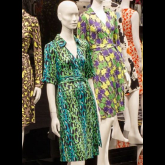 Diane Von Furstenberg Dresses & Skirts - DVF dress same as seen at the LACMA museum !